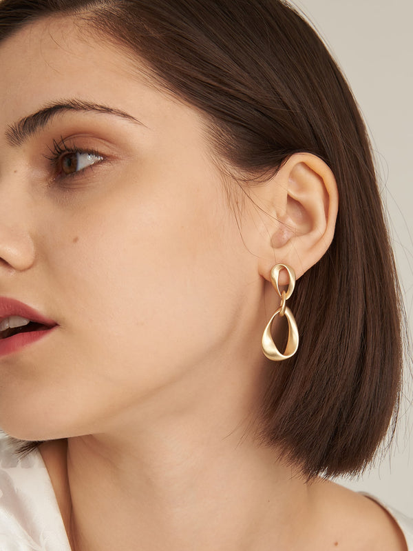 Premium Chain Drop Earrings - 𝐄𝐑𝐔𝐌𝐉𝐔𝐒