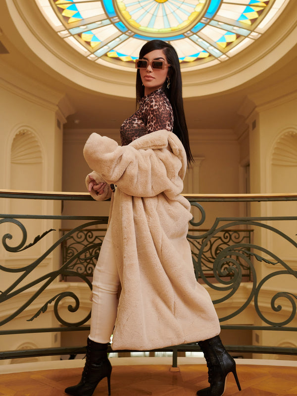 Solid Open Front Faux Fur Coat - 𝐄𝐑𝐔𝐌𝐉𝐔𝐒