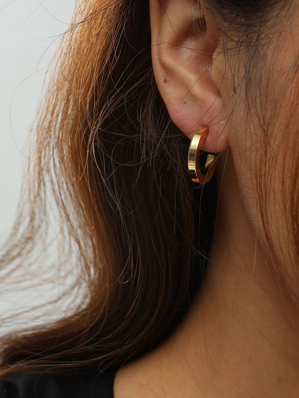 Simple Cuff Hoop Earrings - 𝐄𝐑𝐔𝐌𝐉𝐔𝐒