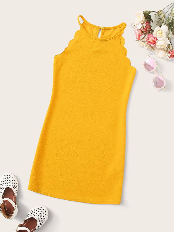 Girls Scallop Trim Halter Dress - 𝐄𝐑𝐔𝐌𝐉𝐔𝐒