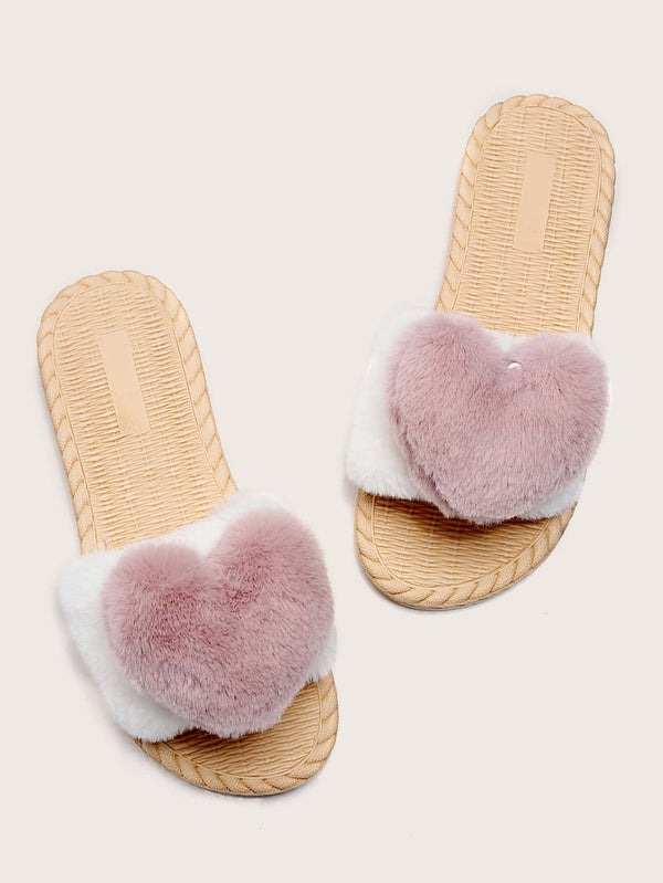 Faux Fur Heart Detail Slippers - 𝐄𝐑𝐔𝐌𝐉𝐔𝐒
