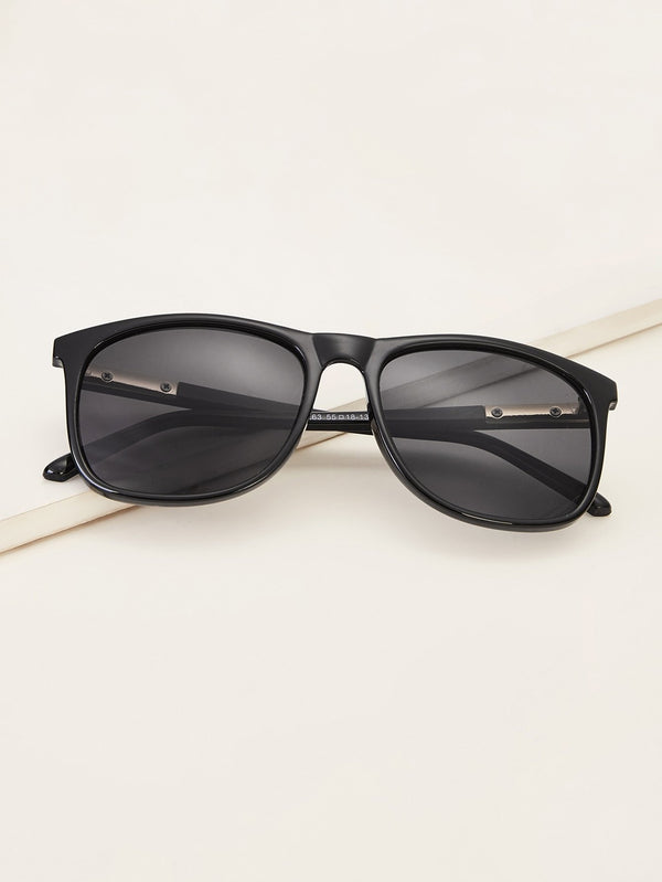 Men Solid Frame Flat Lens Sunglasses - 𝐄𝐑𝐔𝐌𝐉𝐔𝐒