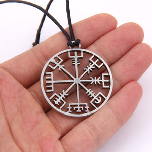Viking compass amulet pendant Men necklace Scandinavian as gift