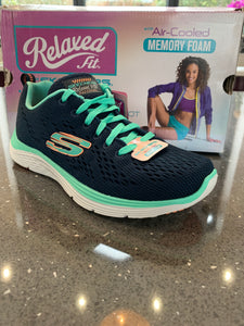 Ladies Skechers Valeris-BACKSTAGE PASS *SPECIAL OFFER* WAS £50 Size UK 3,4,8