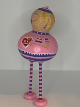 Load image into Gallery viewer, Valentine Standing Gourd ~ Female