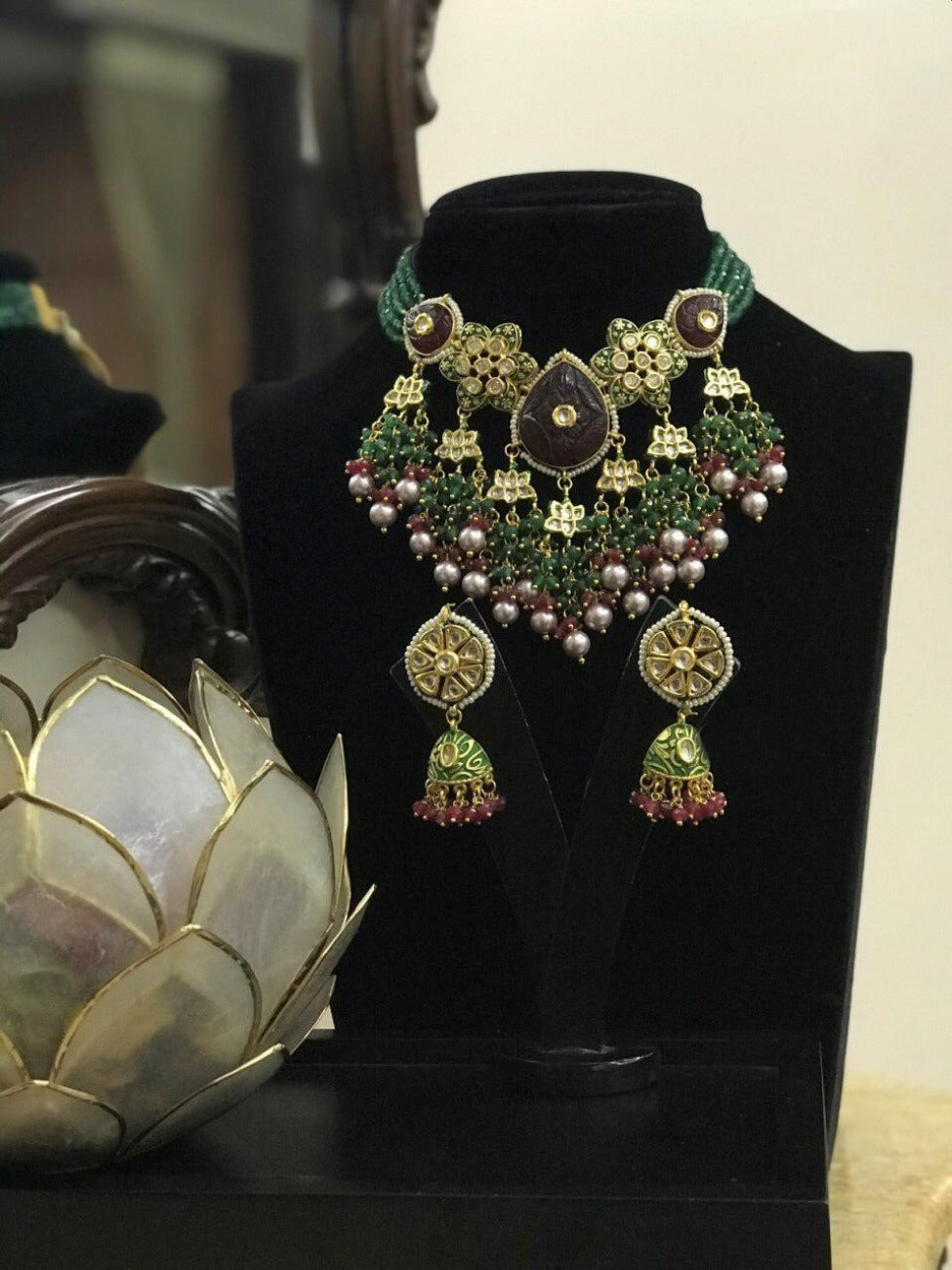 Ethnic Neckpiece with Earring