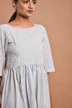 Load image into Gallery viewer, Off-white striped knee length dress
