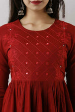 Load image into Gallery viewer, Red casual short top with embroidery work