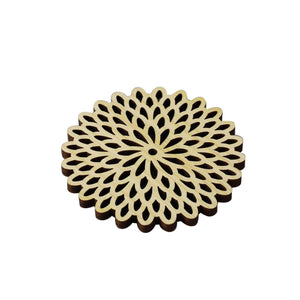 Hinoki (Japanese Cypress) Coaster Chrysanthemum Flowers