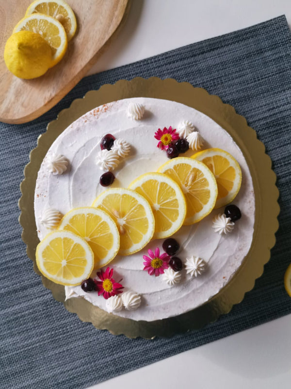 Blueberry-lemon cake - Perfect for summer nights and sugar rush moments (2 Sizes)