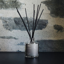Load image into Gallery viewer, Arrowtown Reed Diffuser NZ