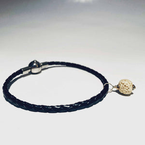black fragrance bracelet