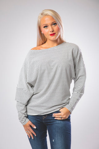 Pull-over Boat Neck Loose Fit Top