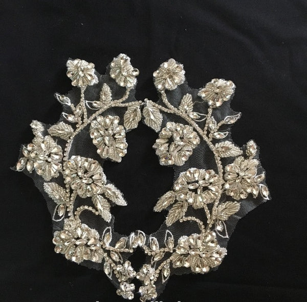 Lace Handmade Beaded Rhinestone Decorative Appliques on Flowers