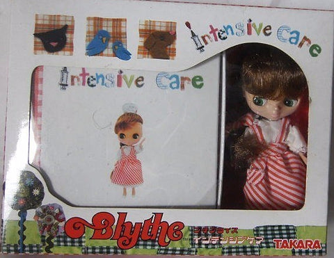 Takara 2006 Petite Blythe Intensive Care Action Doll Figure