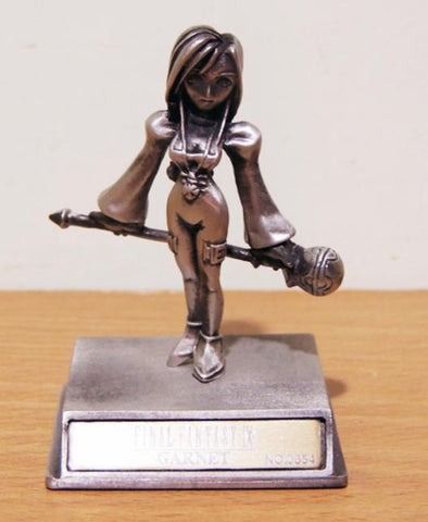 Square Enix Final Fantasy Chrome IX Garnet Metal Mini Trading Collection Figure Used