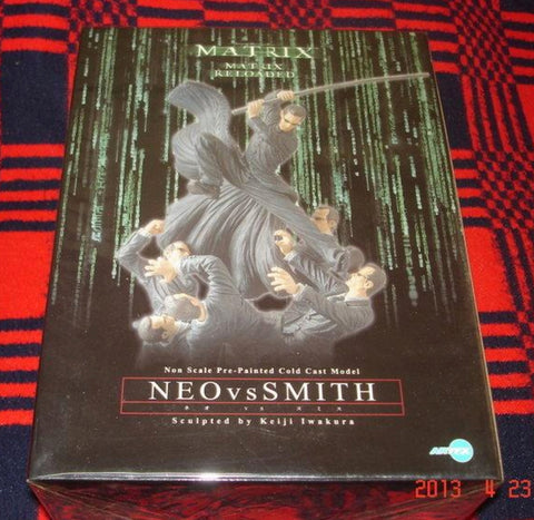 Kotobukiya Artfx Matrix Reloaded Neo vs Smith Cold Cast Statue Figure