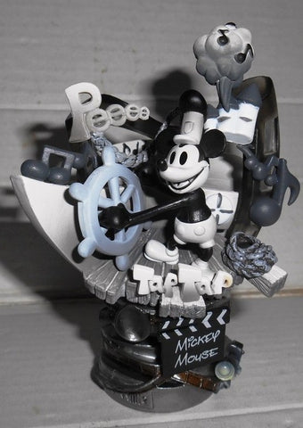 Square Enix Disney Mickey Mouse Formation Arts Steamboat Figure Used - Lavits Figure  - 1