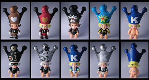 Toy2R Kenny's Work Kenny Wong Molly The Painter Molly Qee Series 1 8+1 Secret 9 Vinyl Figure Set - Lavits Figure