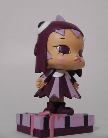"Kenny's Work Kenny Wong x Monster Gear Little Molly The Painter Gift Purple Ver 3"" Figure Used - Lavits Figure"