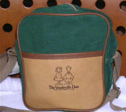 "Sanrio The Vaudeville Duo Eddy & Emmy 6"" Green Crossbody Bag"