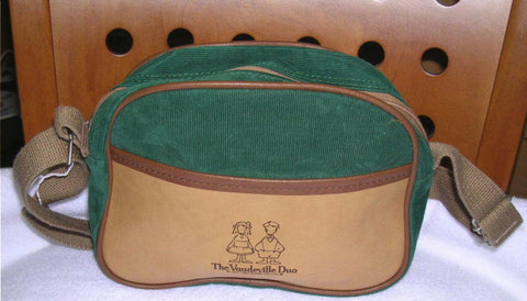 "Sanrio The Vaudeville Duo Eddy & Emmy 8"" Green Crossbody Bag"