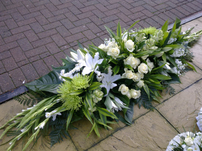 grouped  Coffin Sprays white