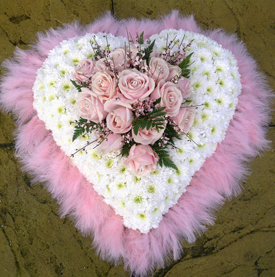 Based heart pink with feather edging