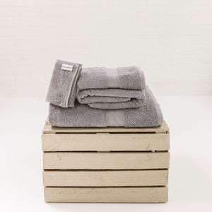 Silver 650gsm Towels by Beaumont & Brown