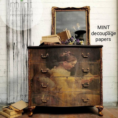 MINT Decoupage papers - Young Girl Reading