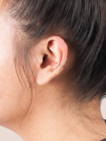 Dainty Bar Ear Cuff - Gold Soul