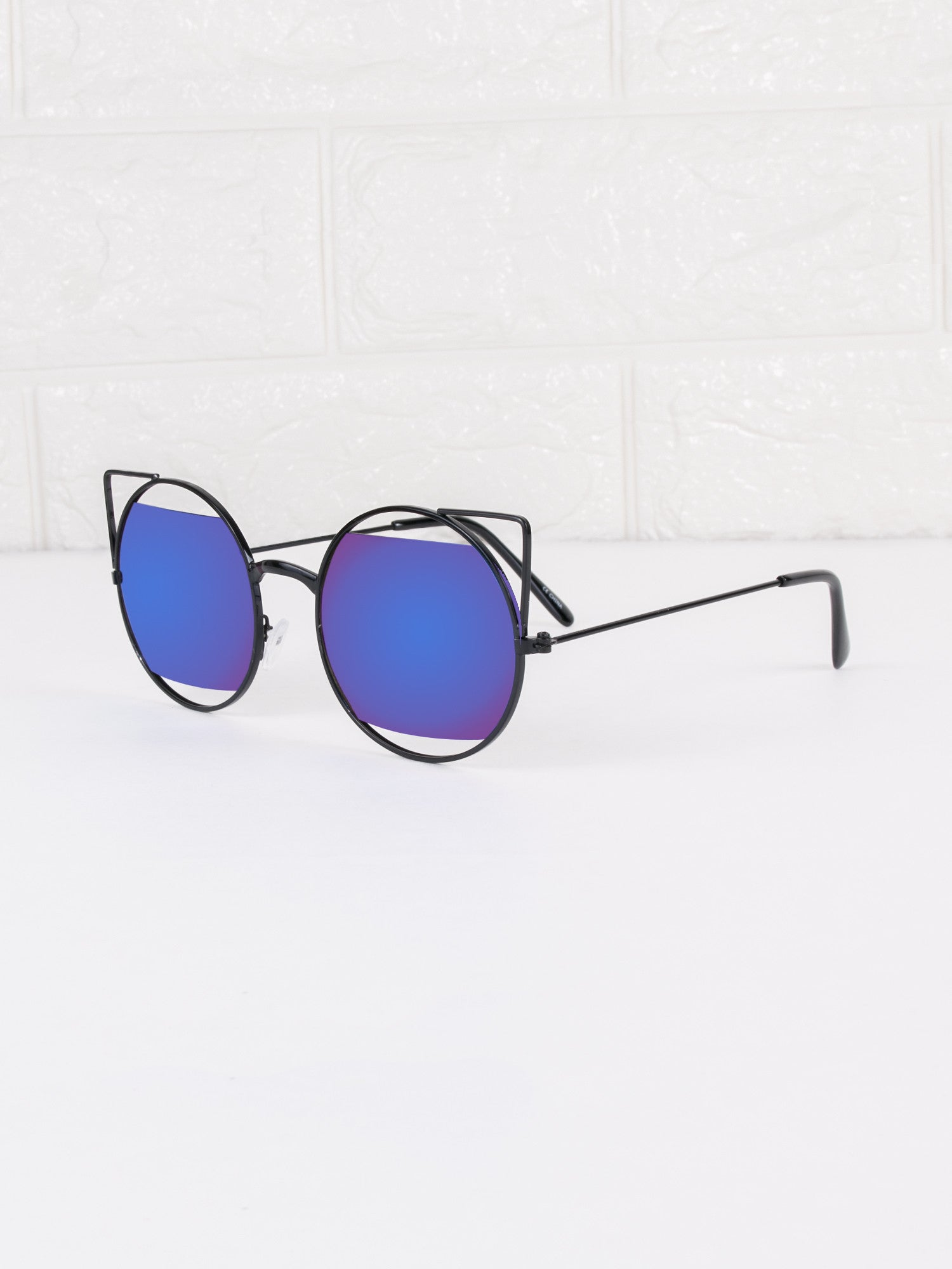 Cat Eye Retro Salem Sunnies - Gold Soul - 2