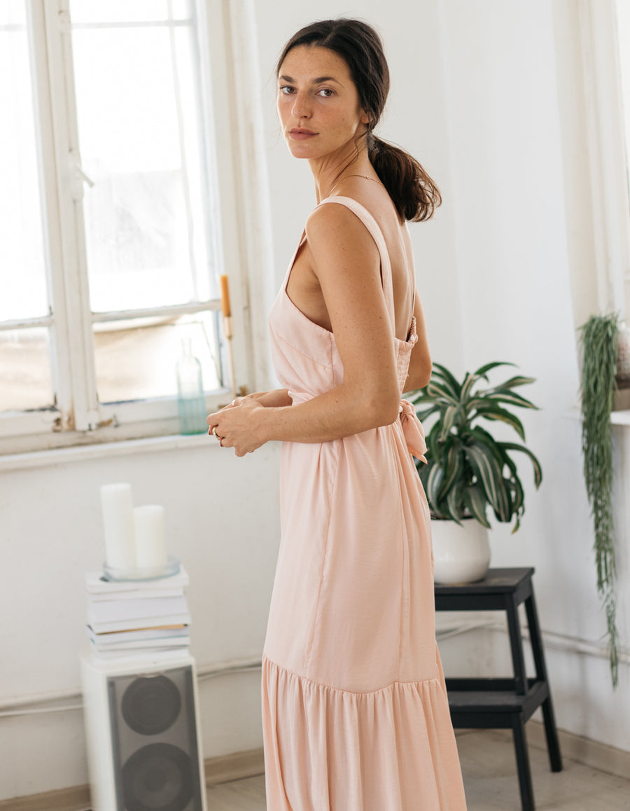 The Perfect Dress in Powder Pink
