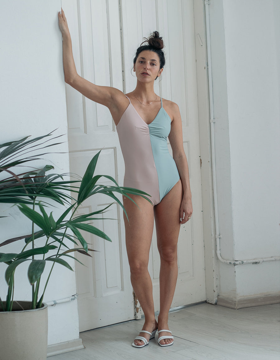 Anna One-Piece in Light Grey&Pale Pink