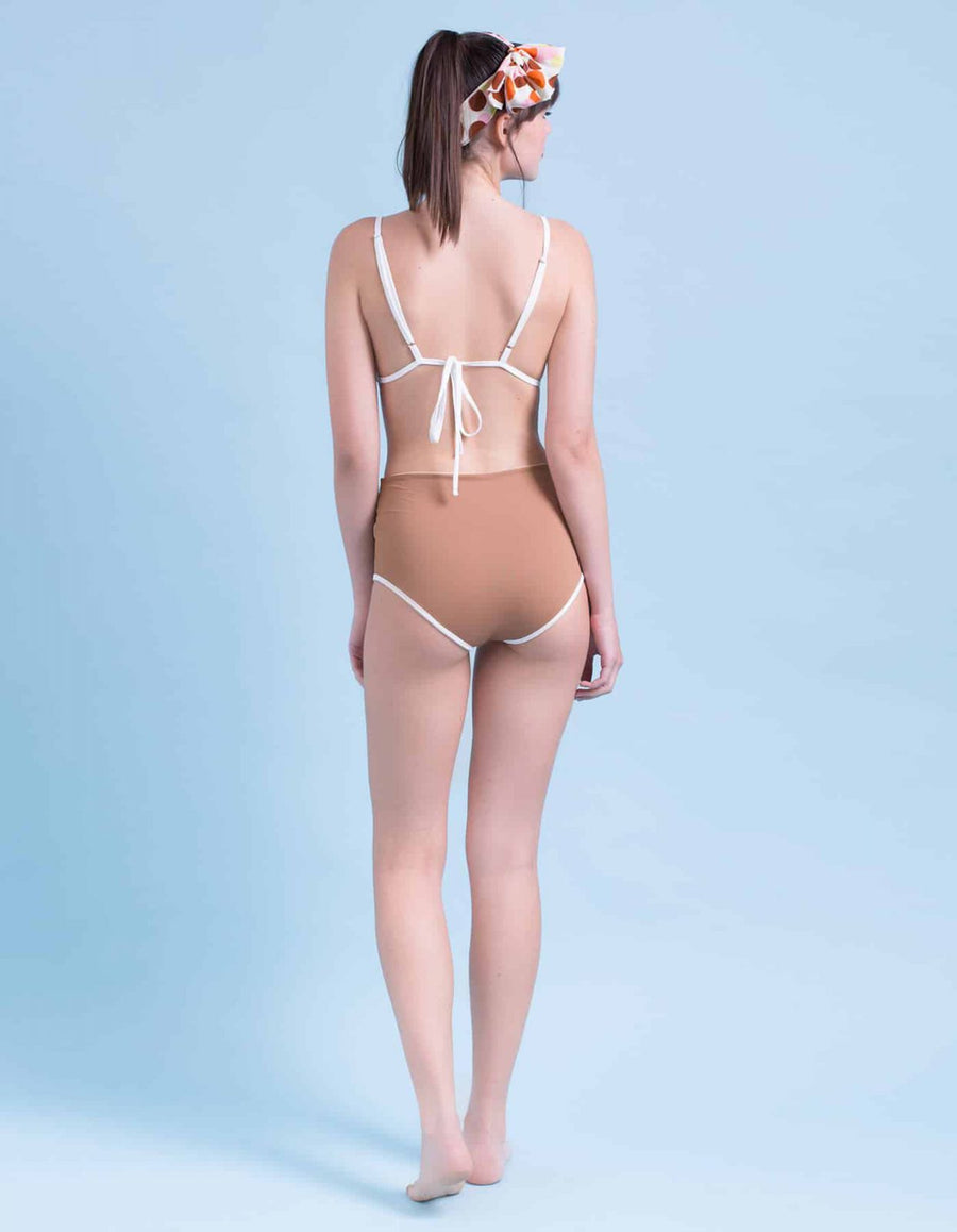 Lara brown&white frame one-piece