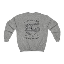 Load image into Gallery viewer, WHALE - Unisex Heavy Blend™ Crewneck Sweatshirt