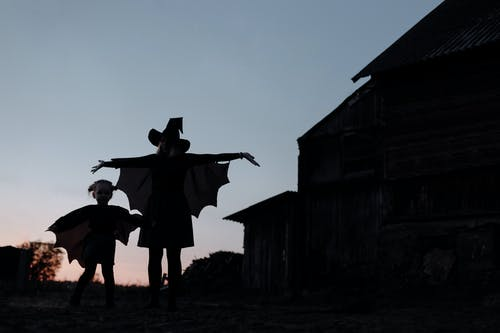 Halloween Mum and Daughter dressed as Witches