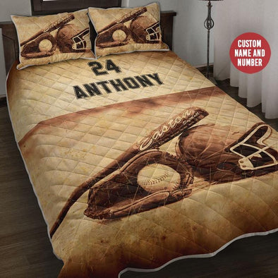 Vintage Baseball Tools Quilt Bed Set
