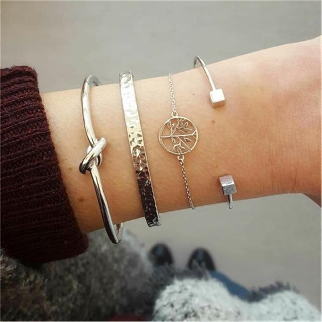 Secret Story Jewelry Bracelet Knot and Hammered Multilayer Bangle and Bracelet 4 Pieces Set