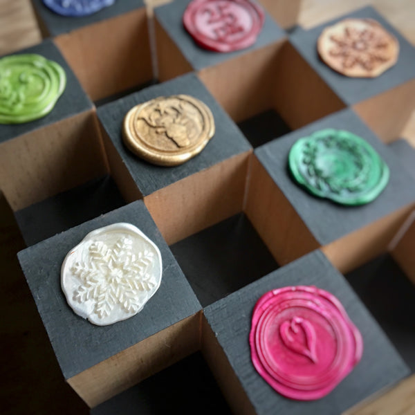 Wide range of wax seal designs perfect for all occasions whether it's birthdays , weddings, Christmas and valentines or a thank you card or just to seal a letter.