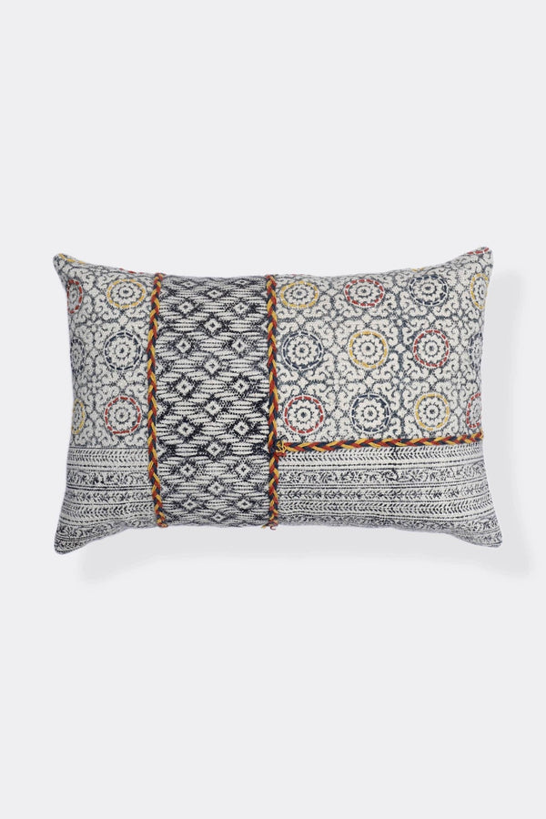 ANGELES - LUMBAR CUSHION COVER - BLACK - ART AVENUE