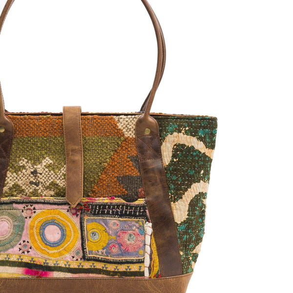 ANGIRA - PATCHWORK HAND BAG - ART AVENUE