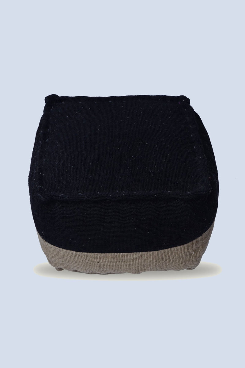 CENTER - CUBICAL POUF-BLACK - ART AVENUE
