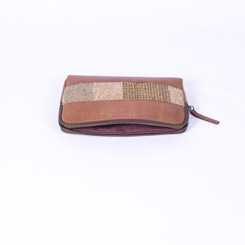 DEMOS - LEATHER SLEEVE - BROWN - ART AVENUE