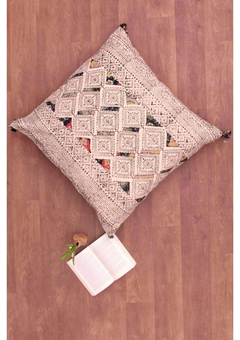 DREAM - SQUARE CUSHION COVER -BLACK - ART AVENUE