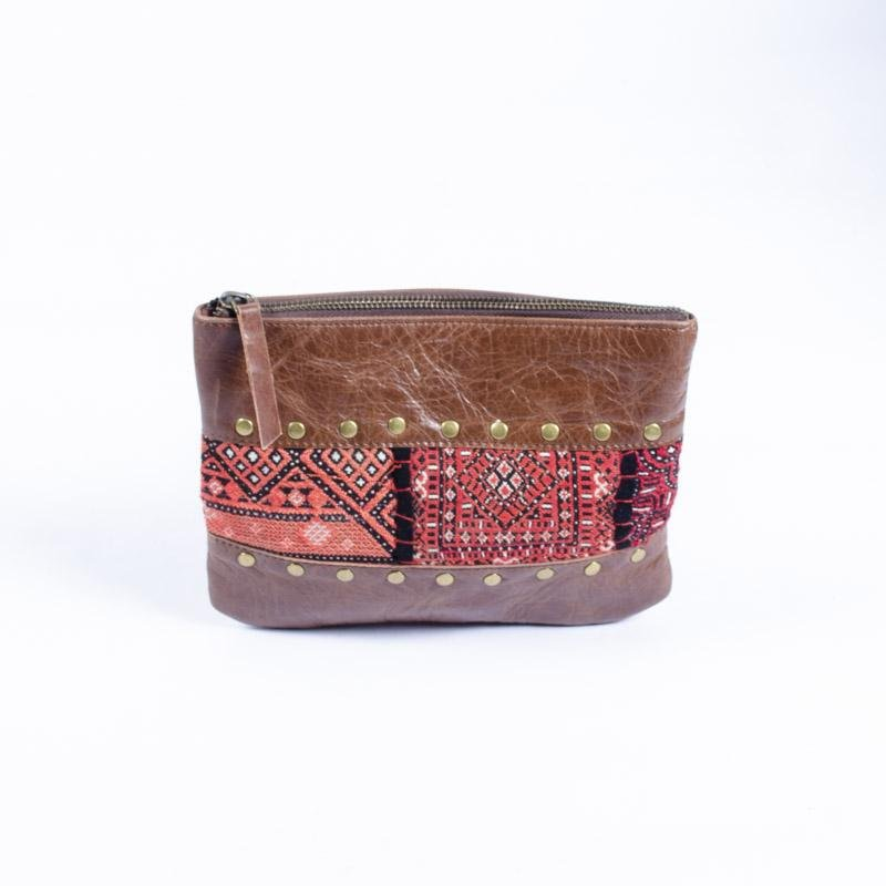 ELLIOT- LEATHER POUCH - BROWN - ART AVENUE