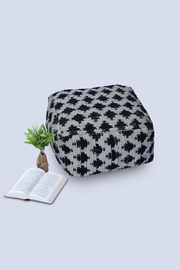 HERRING - CUBICAL POUF-BLACK - ART AVENUE