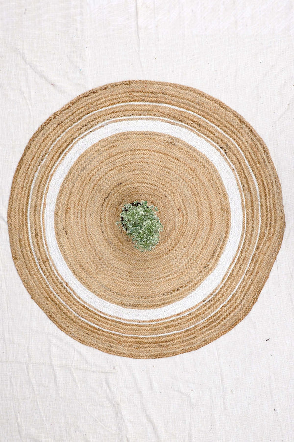 IN -ROUND RUG -NATURAL - ART AVENUE