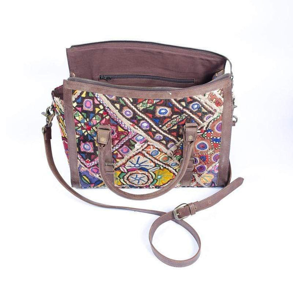 KARROS- VINTAGE FABRIC PATCHWORK DUFFLE BAG - ART AVENUE