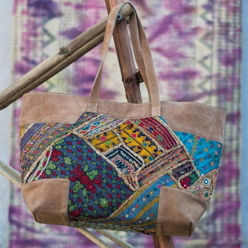 KESTRAL- VINTAGE FABRIC PATCHWORK HAND BAG - ART AVENUE